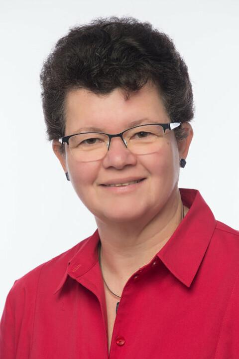 Elke Lützow